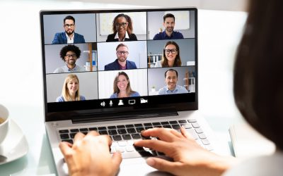 2 tips for better eye contact during online seminars